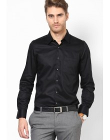 Turtle Men's Solid Formal Shirt